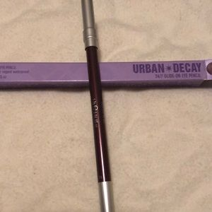3/$25 🎉 Urban decay eyeliner